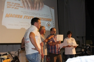 Übergabe des ersten Patenpaketes anlässlich des großen Treffen WtH / SOV / WoE am 24. Juli 2015 in Schwerte